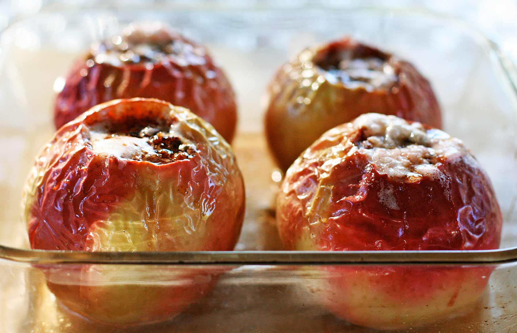 baked-apples-horiz-a-1800